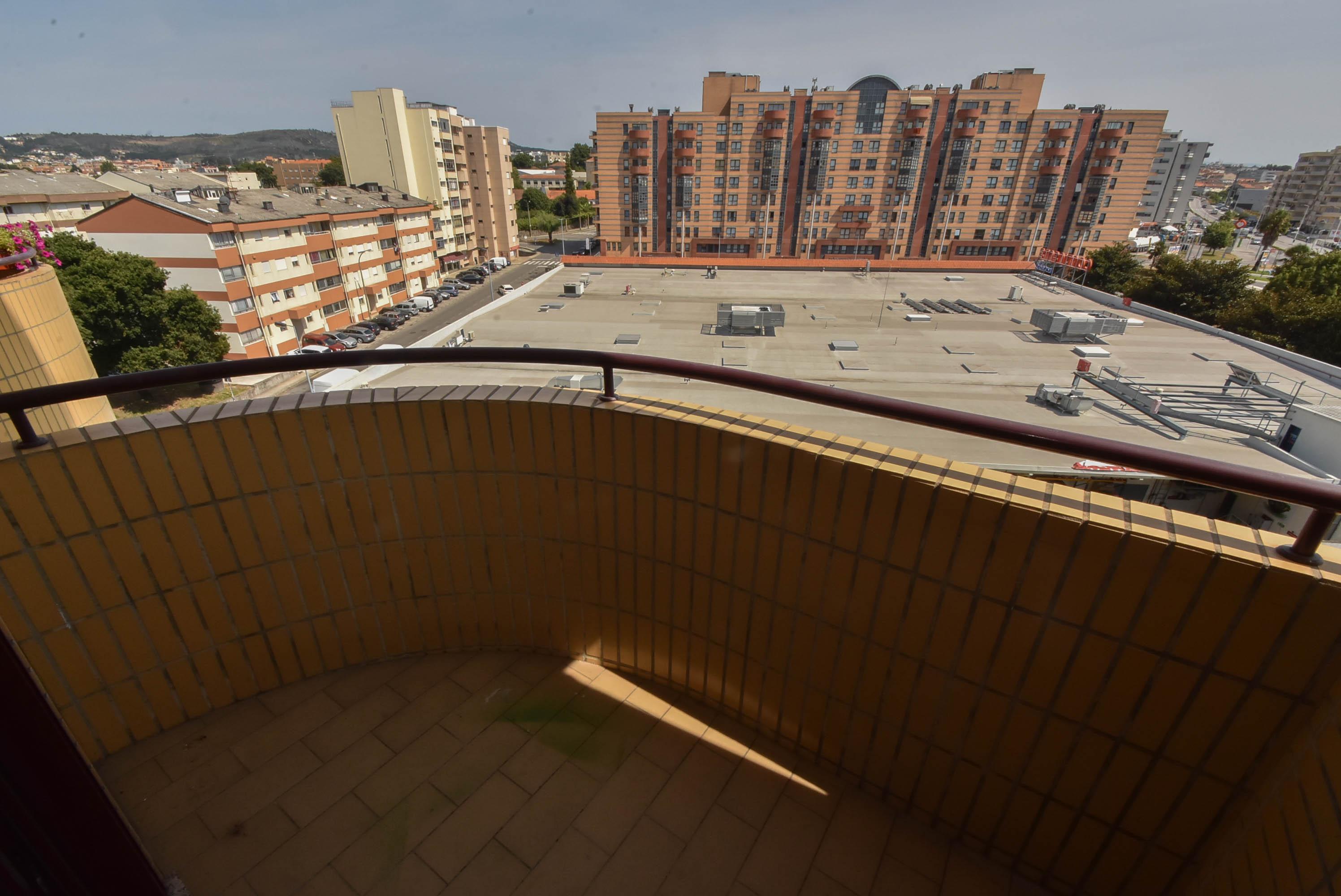 0ac7215e0b T3 Condomínio Fechado-Venda- Gondomar, Rio Tinto